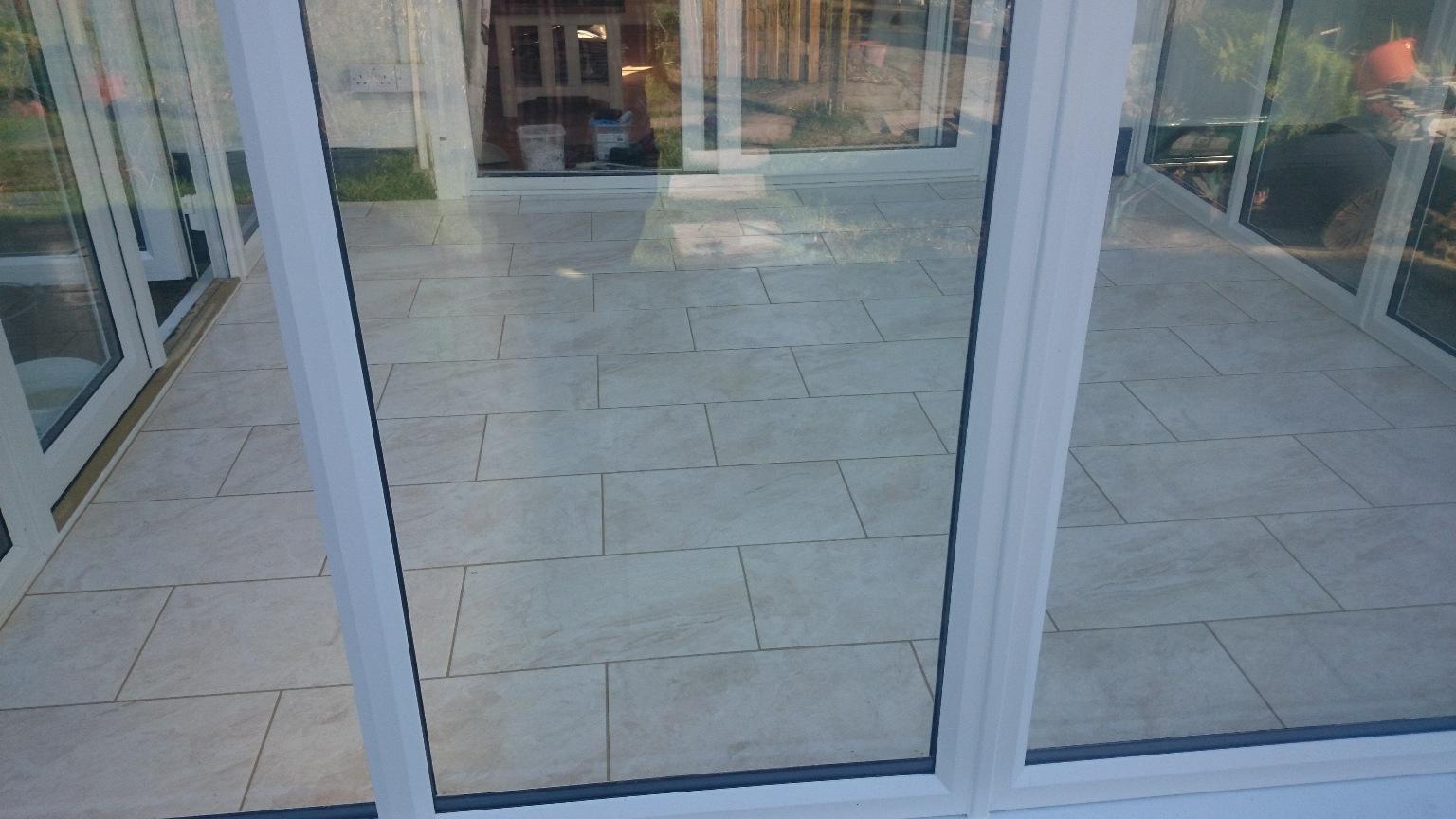 tiled-conservatory-floor-pic3.JPG